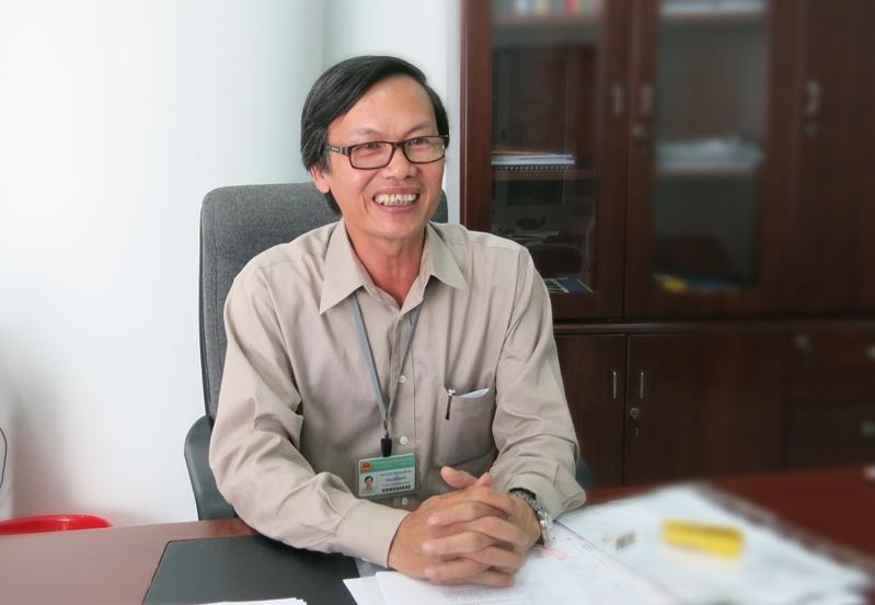 Ông Nguyễn Minh Hùng - Phó Giám đốc Sở GD-ĐT TP Đà Nẵng, chủ biên hai cuốn SGK Lịch sử Đà Nẵng cho học sinh THCS và THPT.