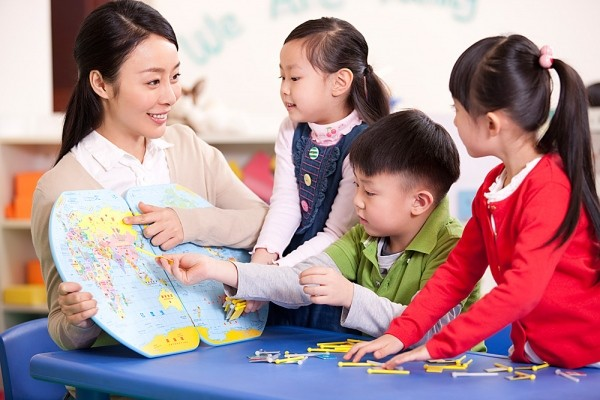 Cần trau dồi và luôn đổi mới cách giảng dạy giúp trẻ hào hứng mỗi ngày .